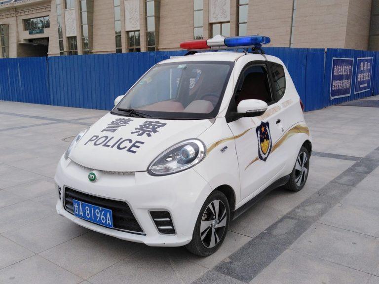 escorte de police