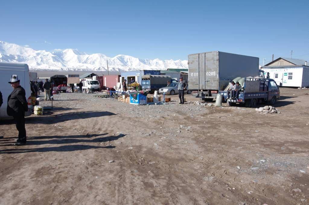 marché au kirghizitan