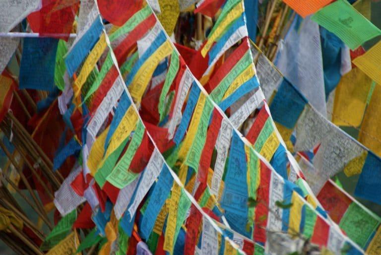 Drapeaux de prieres tibetain