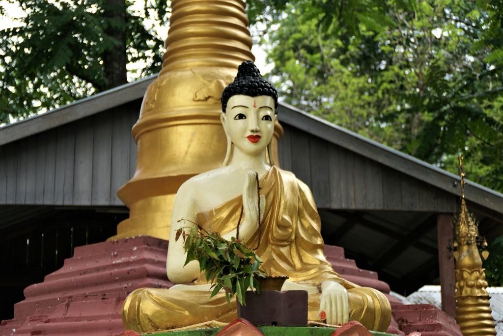 Bouddha a Pyay Birmanie