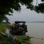 Voyage ferry de Katha