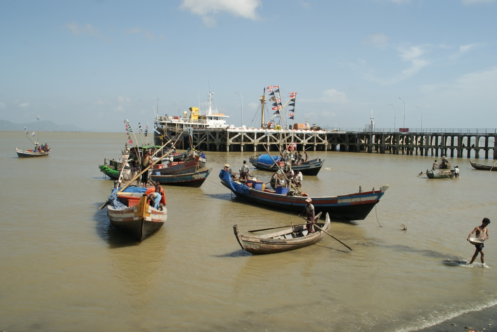 Port de Sittwe en Birmanie