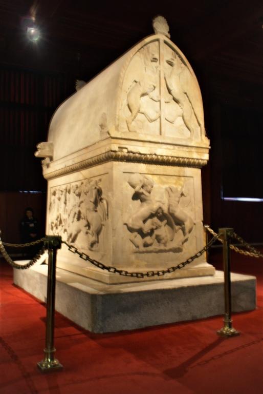 le sarcophage d'Alexandre le grand