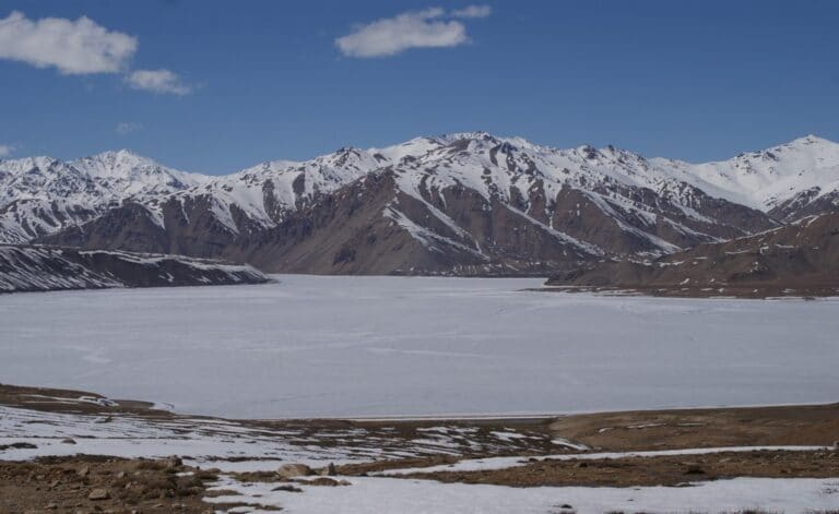 Le lac Yashil-kul au Tadjikistan