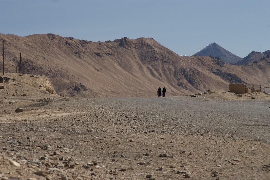 route du pamir deserte