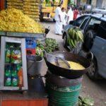 Vendeur de chips de bananes